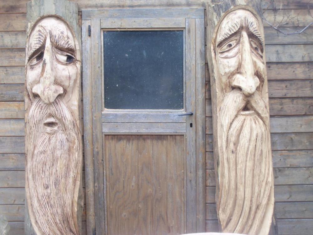 wood spirit cabane 006